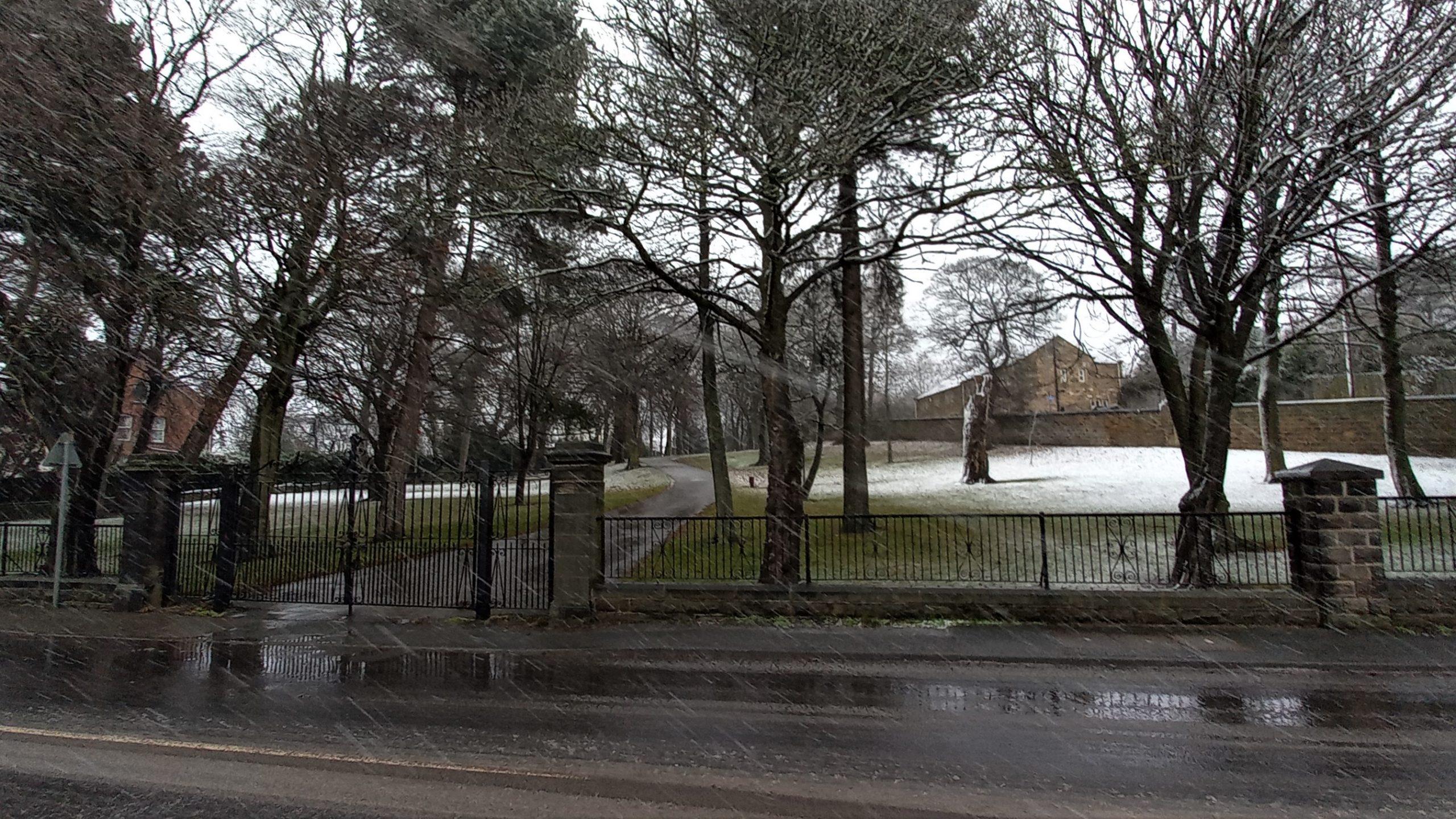 1 Keresforth Hall Road gateway in snow (1)