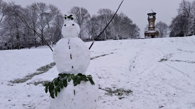 3 Snowman with tower